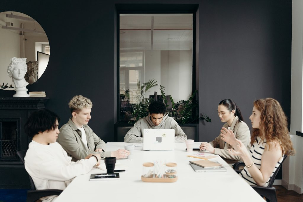 Dealing Professionally withChange in Workplace